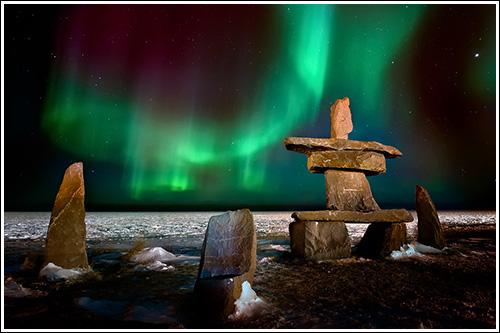 Northern-Lights-Over-The-Inukshuk-blog