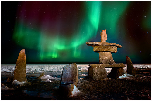 Northern-Lights-Over-The-Inukshuk-blog